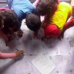 Vecinas y vecinos mapeando el distrito